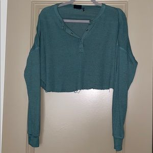 UO out from under long sleeve cropped top size M
